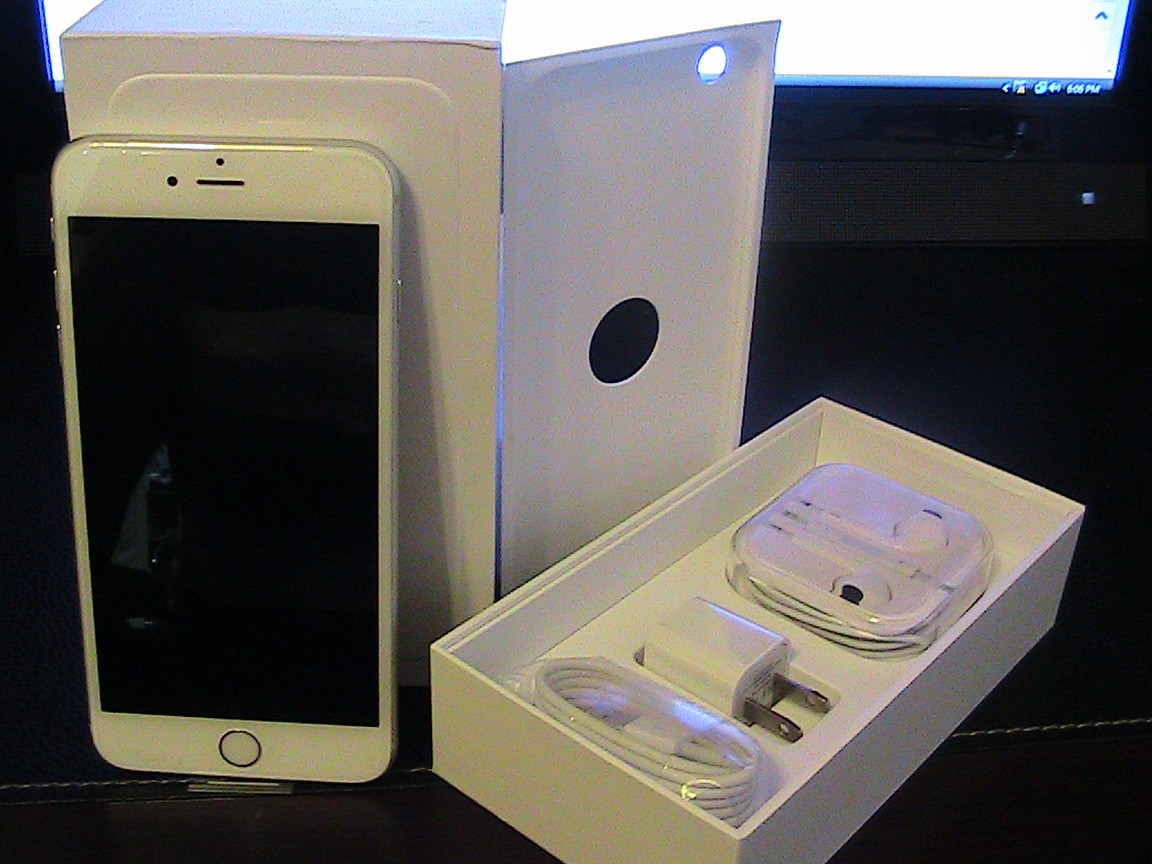 Apple iPhone 6 Plus 16GB Silver / White ( Unlocked ) Smartphone AT&T T-Mobile GSM